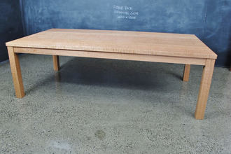 Fiddleback Shining Gum Post And Rail Table